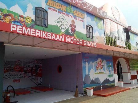 Bale Santai Honda Yang didirkan Wahana Honda di SPBU Jayanti (3)