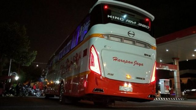 What's New on GIIAS 2017?? Ini Dia.. Si Bus Premium Hino RM 380 !!!