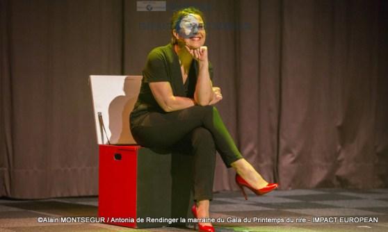 Antonia de Rendinger la marraine du Gala du Printemps du rire 1
