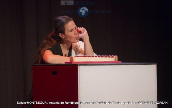 Antonia de Rendinger la marraine du Gala du Printemps du rire 14