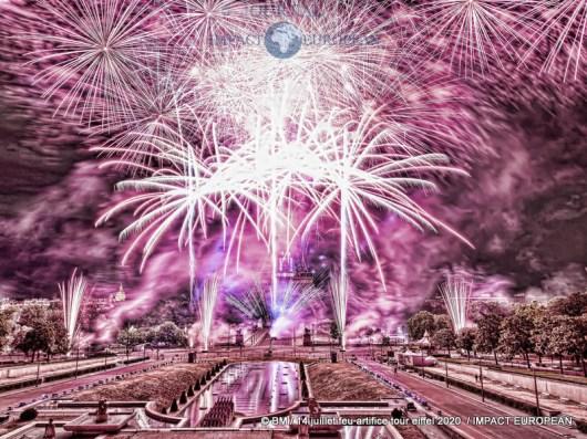 feu artifice tour eiffel 2020 31