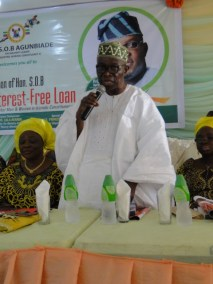 Prince Ogunleye addressing the gathering