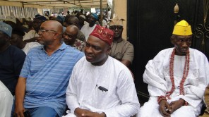 Hon. Oshun and other members of the assembly at the burial