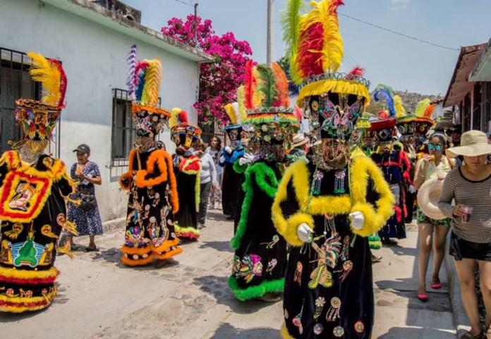 carnavales tradiciones en la Mixteca de Oaxaca