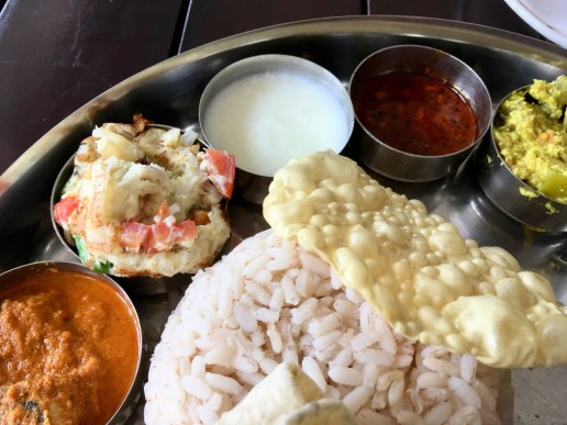 Bade Miya Thali - Rice, Pappadom, Omletter, Curd, Pickle, Aviyal