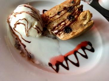 Kaffeehaus Christmas Pudding with Vanilla Icecream