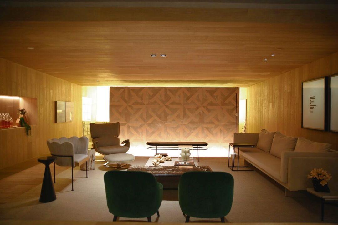 Cubo de madeira da Suite Arquitetos