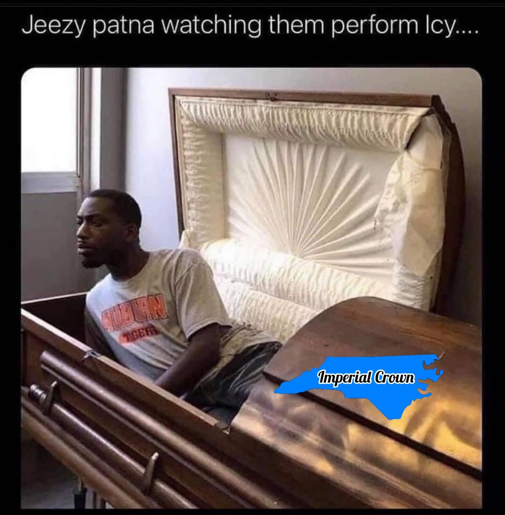 Jeezy partner watching them perform icy