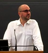 Dirk Uffelmann