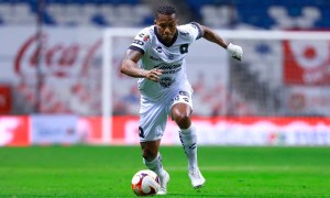 Antonio Valencia 4