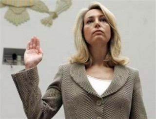 Valerie Plame takes oath before testifying