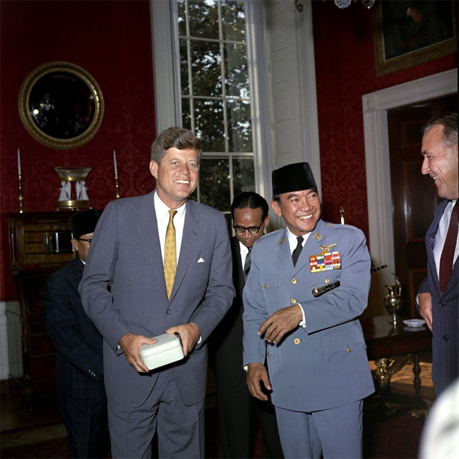 kennedy-soekarno-collateral-accounts