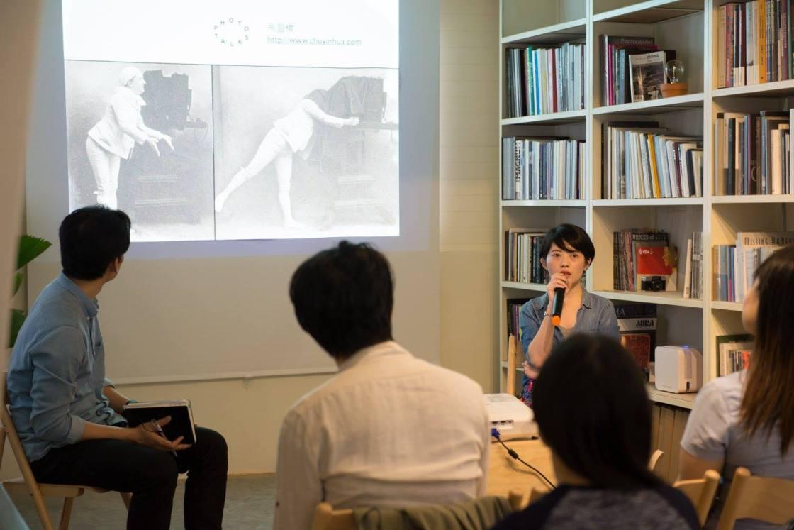 機具觀看與身體感:朱盈樺 X Photo Talks – 取捨間