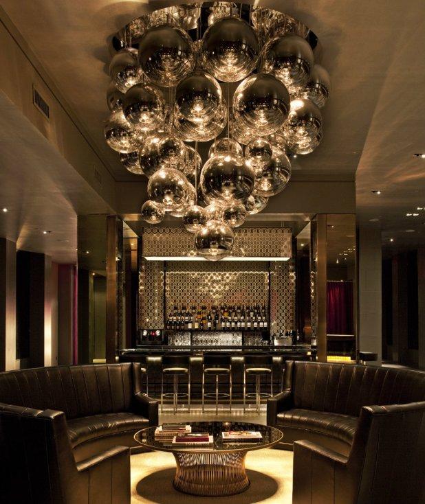 Lampu Hias Gantung untuk Lobby Hotel - 5 Ruangan Ini Perlu Dipercantik dengan Lampu Hias Gantung - prettylashes.co