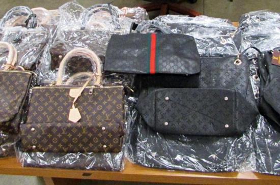 PHL Handbags1L 022620