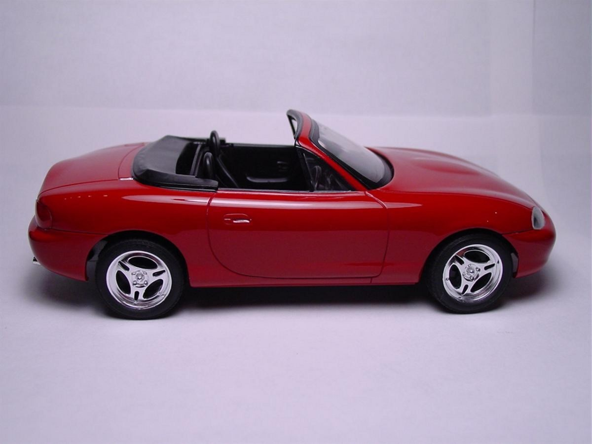 Mazda Second Gen Miata (NB) - Aoshima