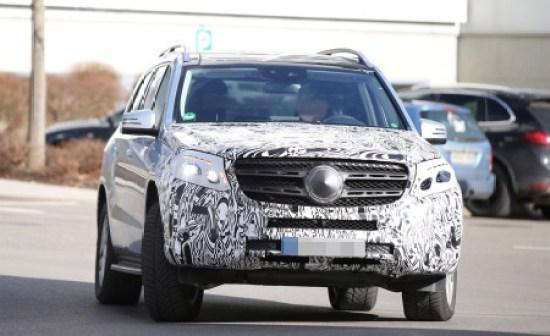 2016-Mercedes-Benz-GL-Class-SUV-