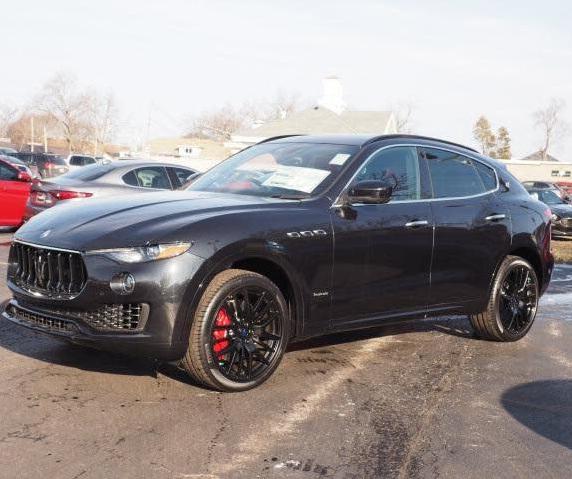 2018 Maserati Levante Interior
