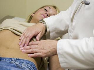 При надавливании болит низ живота. Какие опасности возникают для организма, когда болит ребро при нажатии. Болит слева внизу живота у женщины: диагностика и лечение
