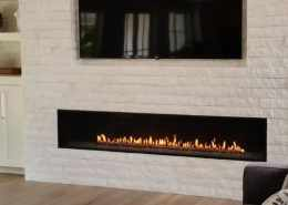 Montigo-R820-Fireplace-Impressive-Climate-Control-Ottawa-660x840