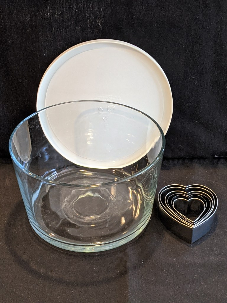trifle bowl or a large glass bowl and heart-shaped cookie cutters