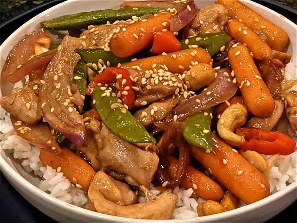 Bowl of Cashew Chicken and Veggies
