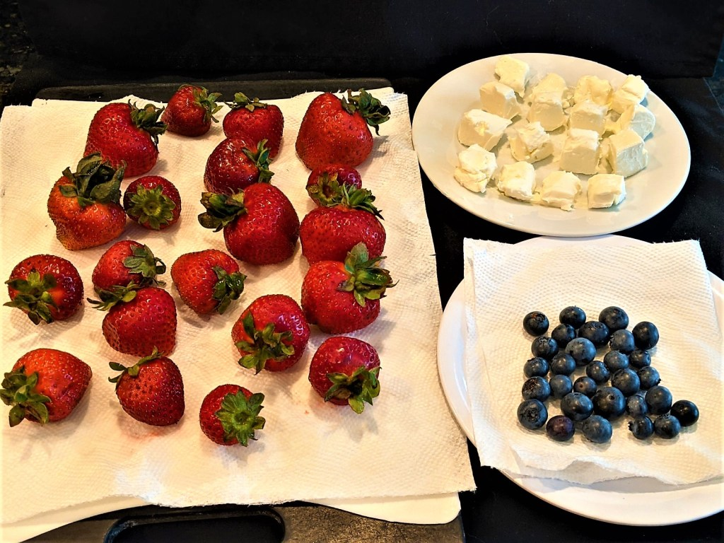 image of strawberries, blueberries and cream cheese