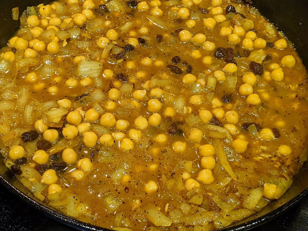 pa with chickpeas and raisins added