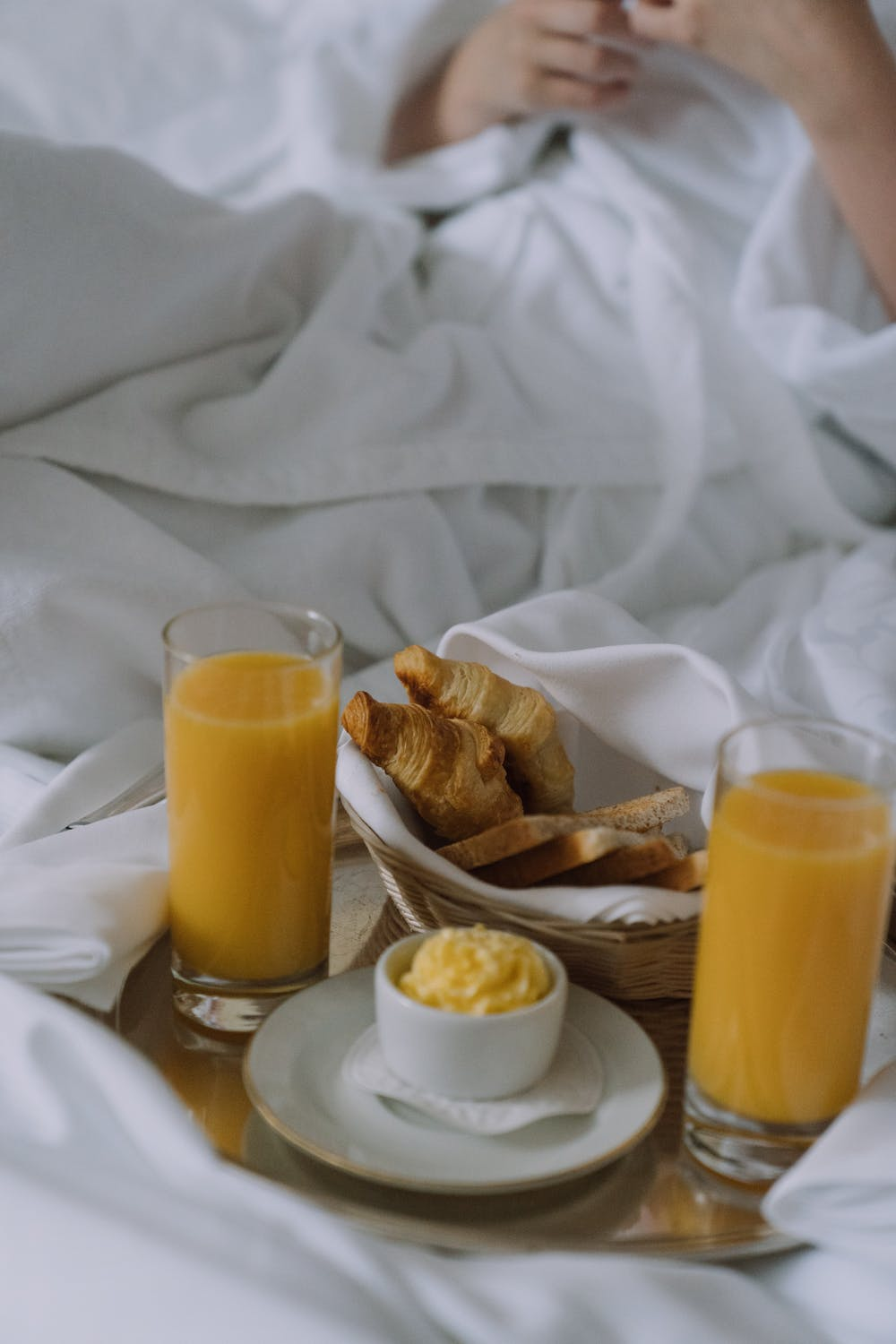 Kitchen Gadgets For All Your Breakfast (In Bed) Needs