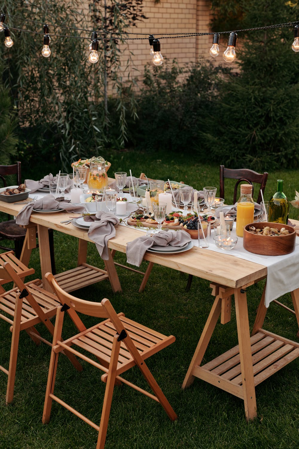 How to Set Up for Your Next Dinner Party
