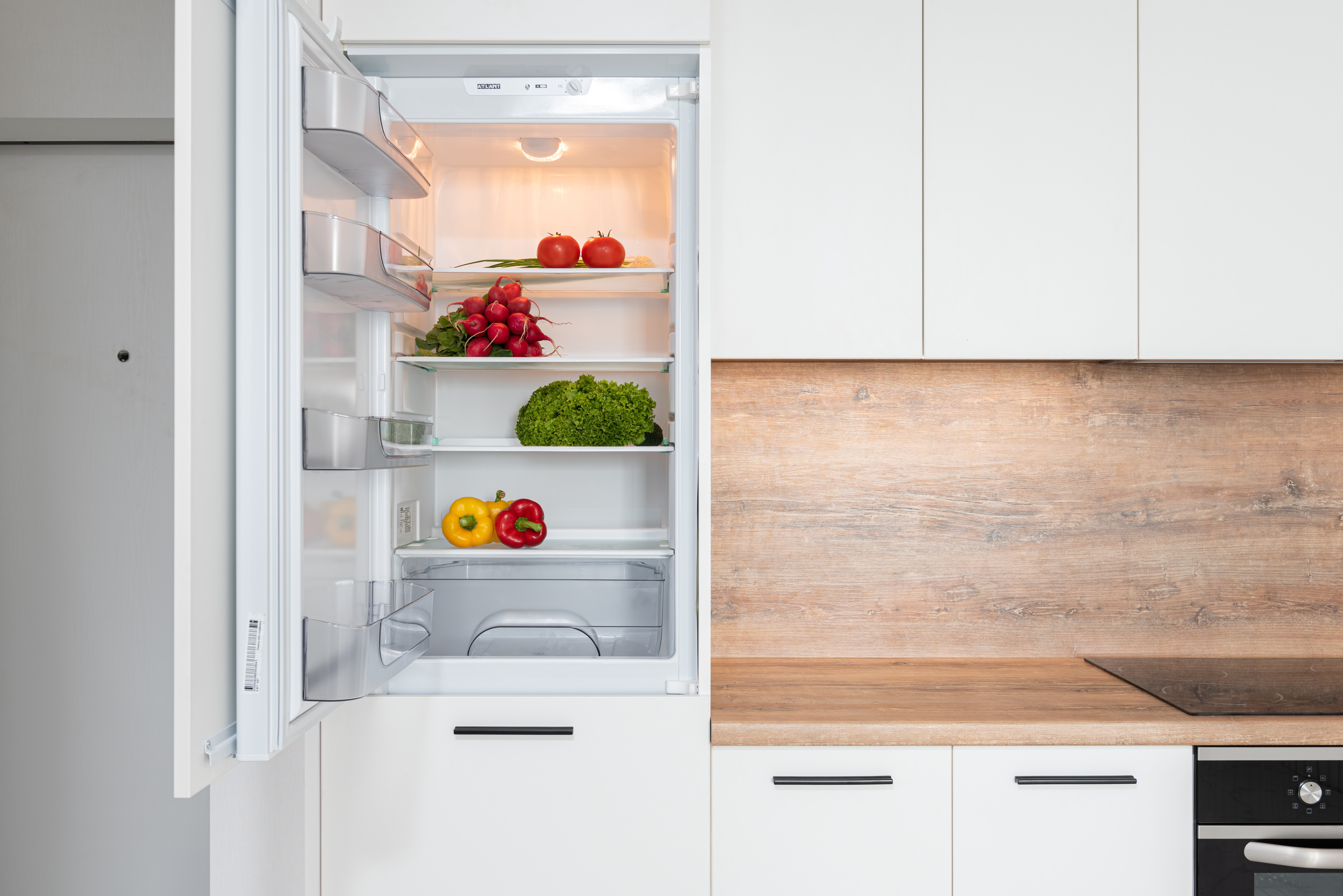 How to Organize Your Refrigerator Like a Professional