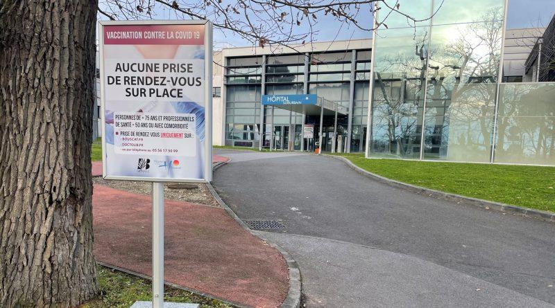 Entrée de l'hôpital Suburbain du Bouscat. Crédit photo : Maxime Asseo