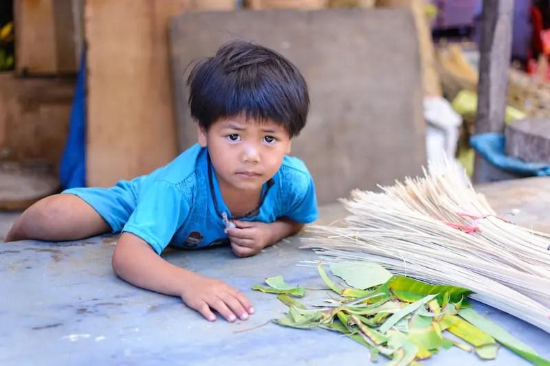 Junge am Markt, Bali 2016