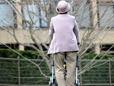 たんぱく質不足が重なると老化が加速する