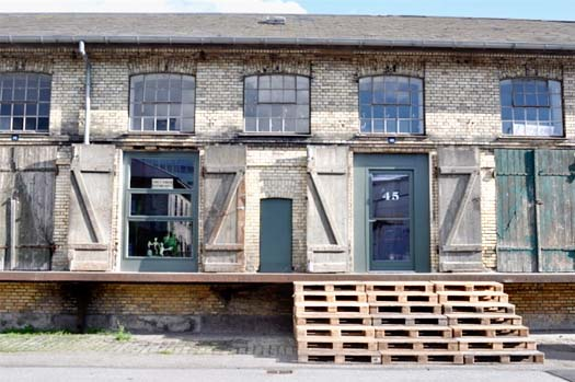 shipping pallet staircase stoop lot 45 gallery copenhagen