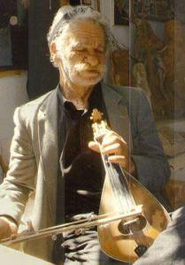 joueur lyre cretoise
