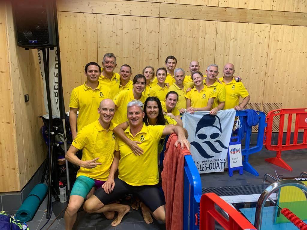 Entraîner une équipe de natation sans piscine