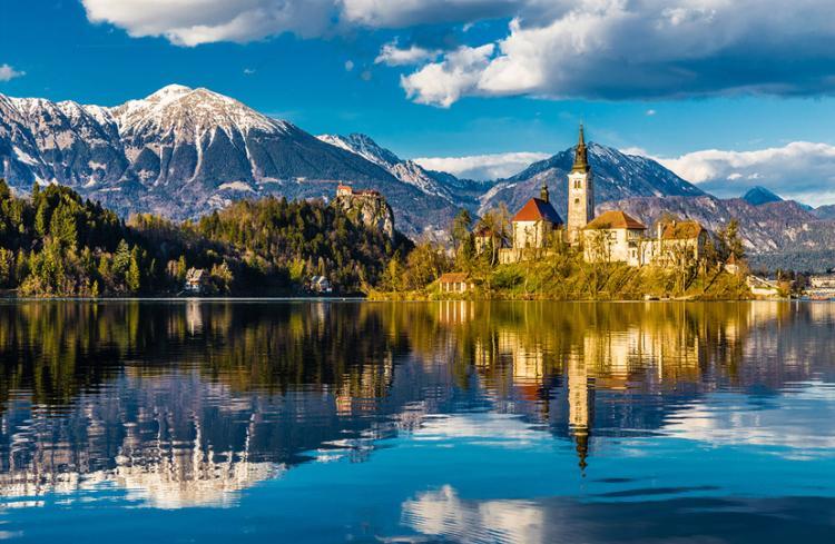bled slovenija 01 - Putovanja u Evropi: Mala romantična sela i gradovi za kraći izlet (FOTO)