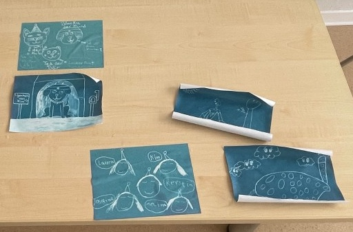 Wir probieren Cyanotypie im Workshop