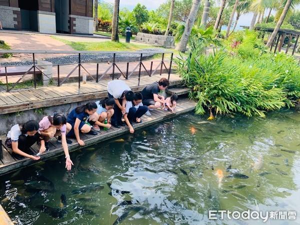 花蓮推薦免費親子玩水景點!體驗摸蜆仔、漫步木棧道賞湖景