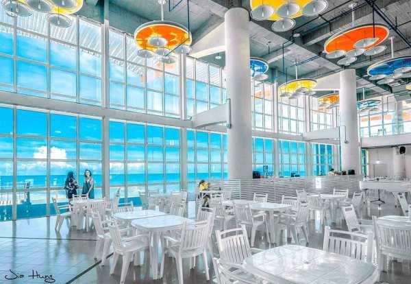 黃金海岸方舟|台南黃金海岸|黃金海岸|白色方舟|餐廳內部