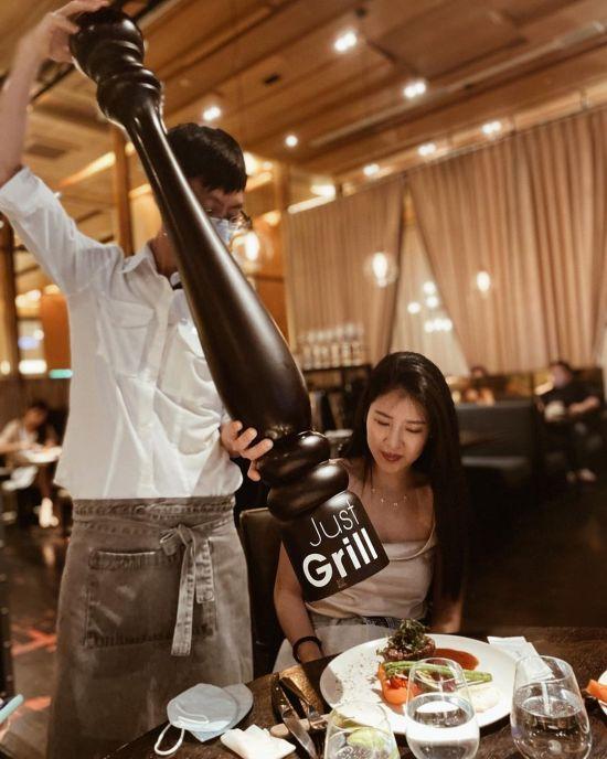 台北美食|台北餐廳|聖誕餐廳|跨年餐廳|台北牛排推薦|台北夜景餐廳|台北景觀餐廳|Just Grill