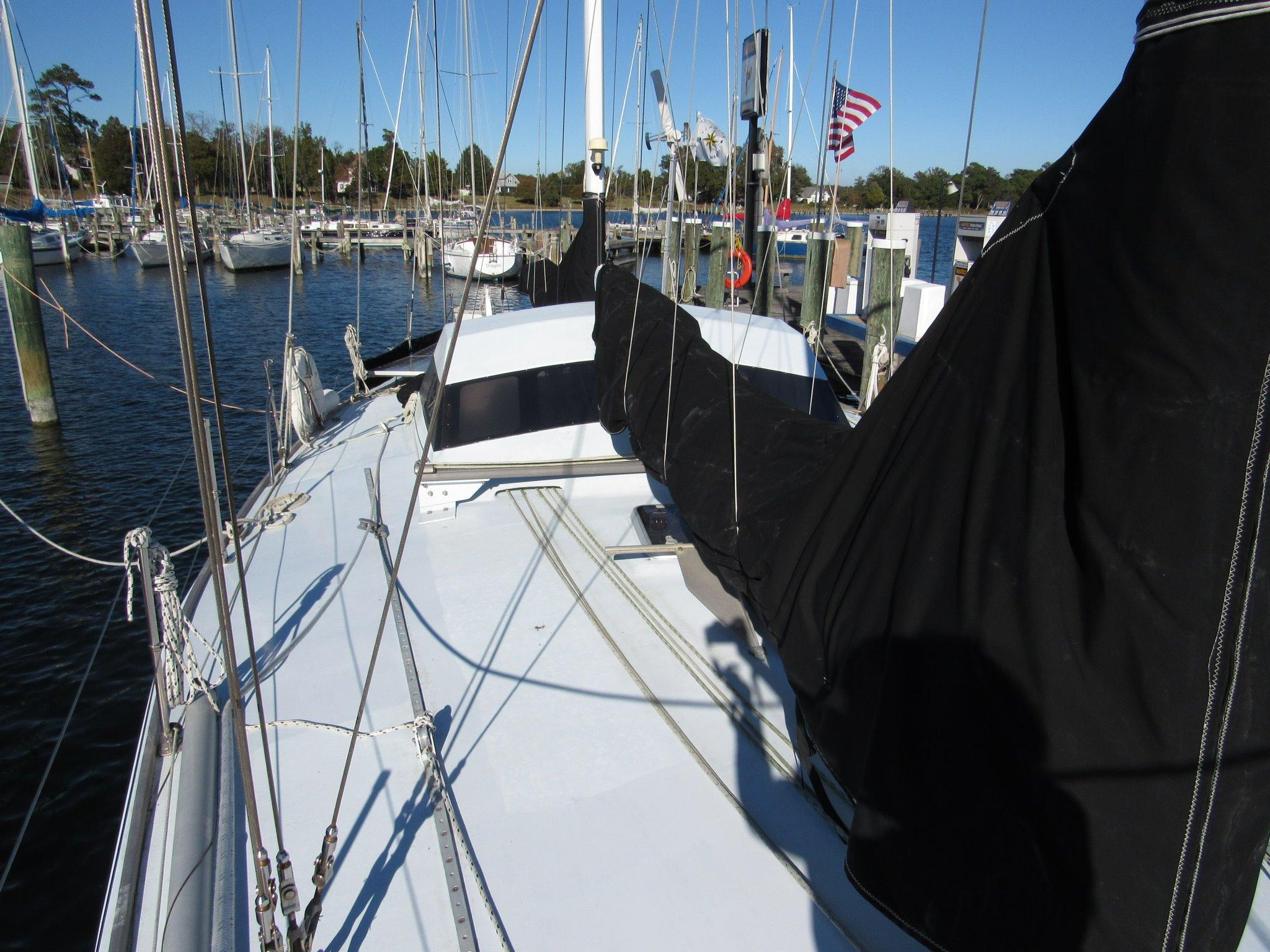55 Custom Fast Ketch Dashew Style 1994 Myth For Sale In