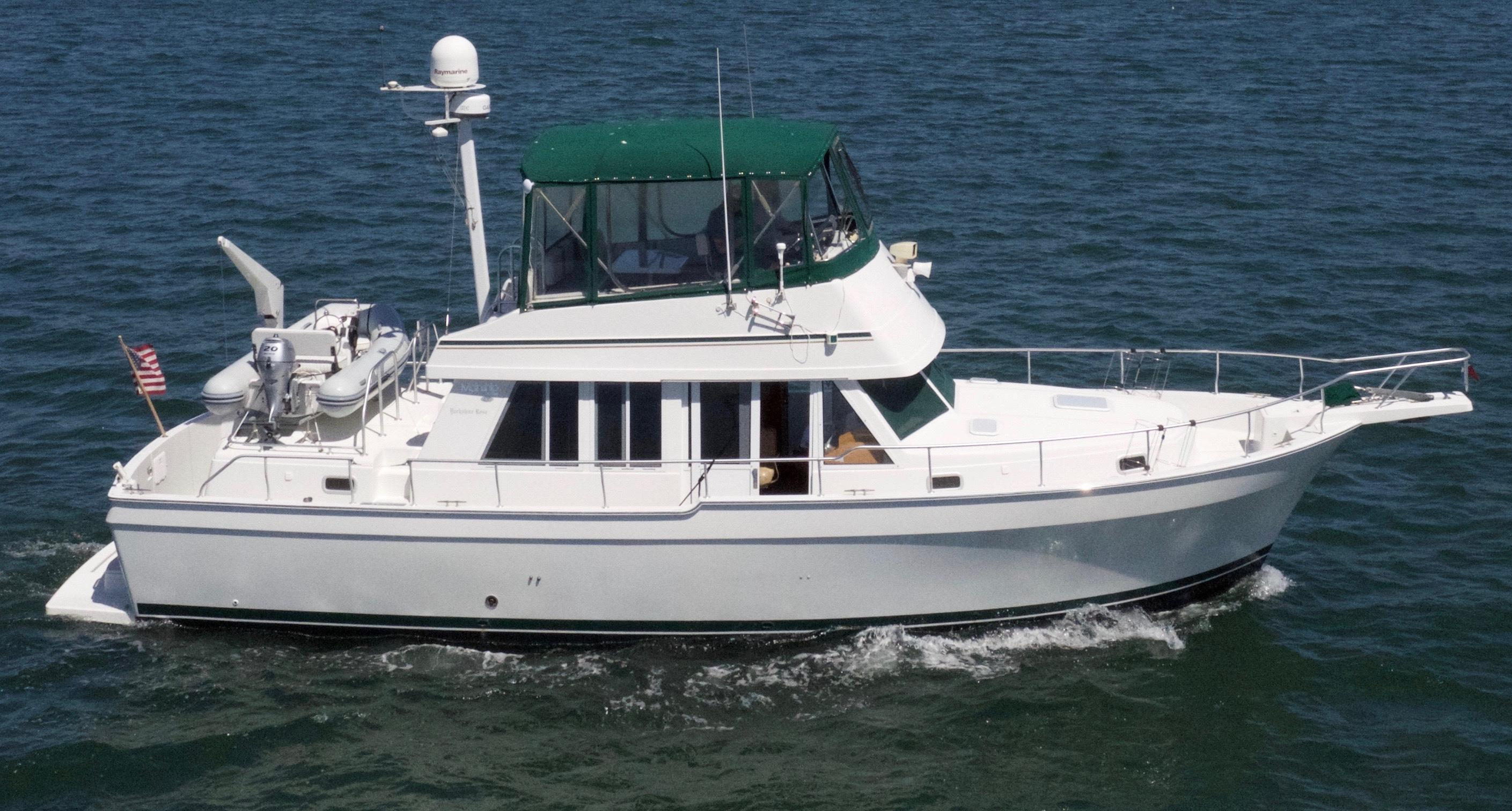 Mainship 2001 430 Trawler 43 Yacht For Sale In US