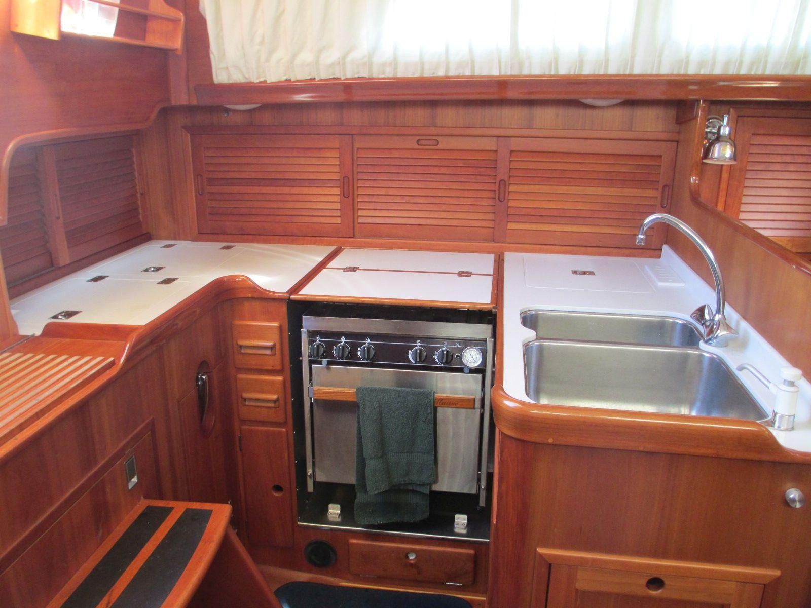 42 Hinckley 1997 FREE SPIRIT For Sale In Southwest Harbor