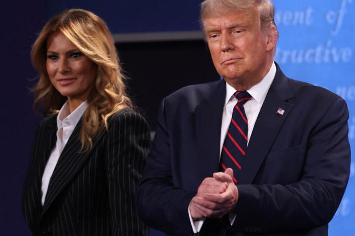 PRESIDENT TRUMP & WIFE MELANIA  CONTRACTS COVID 19
