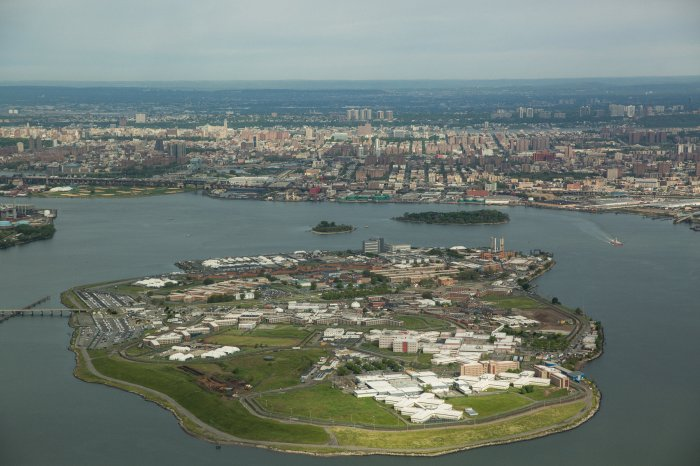 Conditions On Rikers Island Are Awful & Inmates Are Ruling The Asylum