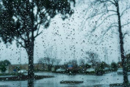 Σκόνη, βροχή και παγετό για το νέο έτος