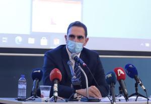 Η επιλογή κλειδώματος εξακολουθεί να είναι «στο τραπέζι» προειδοποιεί ο υπουργός Υγείας