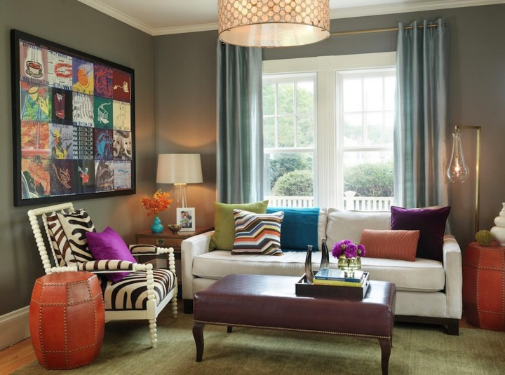 This mix and match of furniture pieces in different styles, colour and scale live happily together in this livingroom